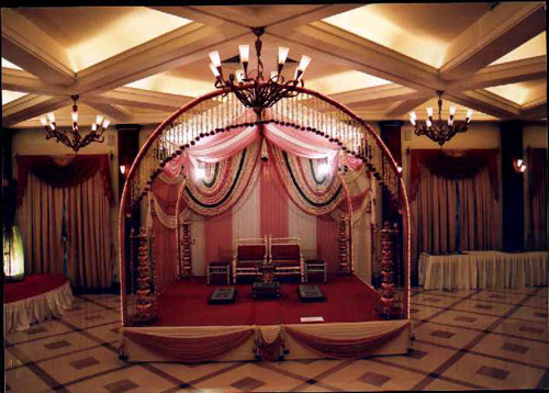 MS Pipe Arch for Wedding Stage
